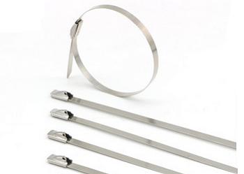 不锈钢扎带捆扎电缆